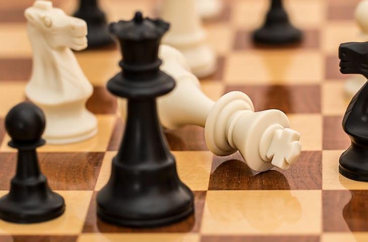 Apprendre à jouer aux échecs (CE2/CM1)